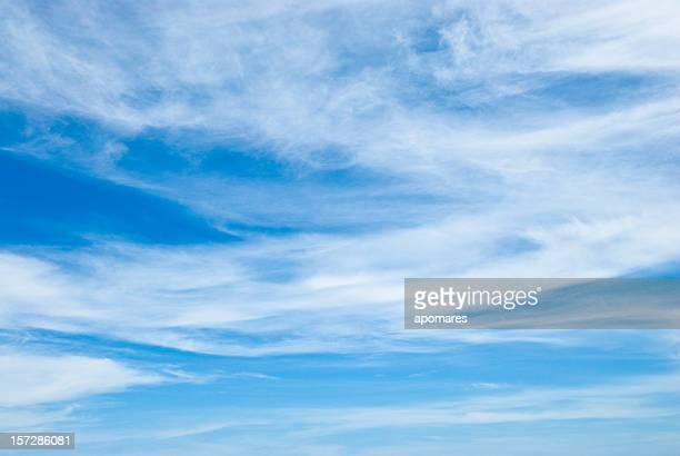 cirrus cloudscapes - cloudy sky stock pictures, royalty-free photos & images