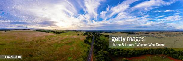 cirrus sky - lianne loach stock pictures, royalty-free photos & images