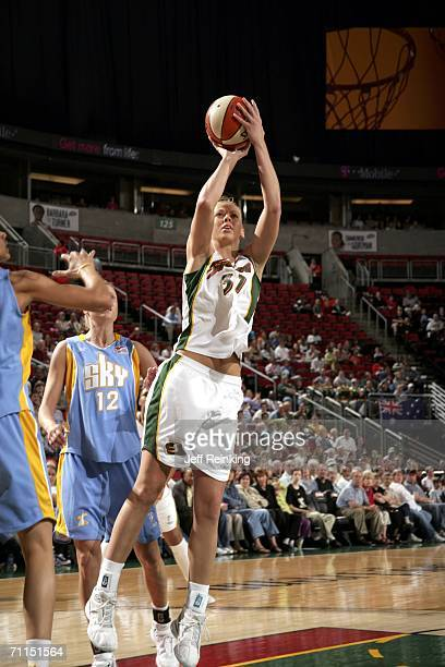 Cisti Greenwalt of the Seattle Storm shoots as Stacey Dales of the Chicago Sky on June 7 2006 at Key Arena in Seattle Washington NOTE TO USER User...