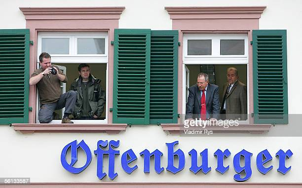 Citizens of Offenburg follow the funeral procession of Aenne Burda after the funeral service on November 10 2005 in Offenburg Germany Aenne Burda was...