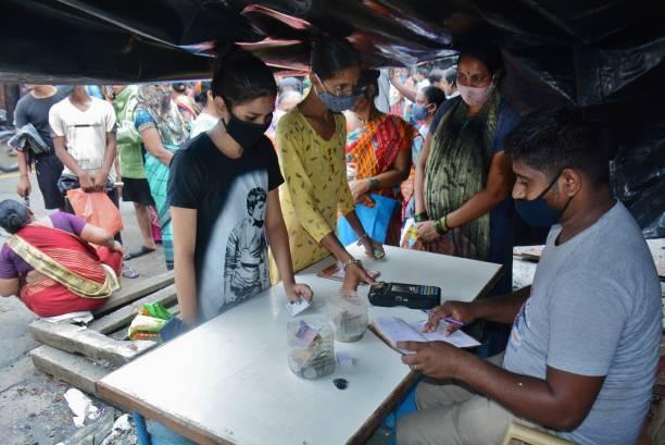 IND: Mumbai Citizens Wait In Queue For Free Ration Under PM Gareeb Kalyan Anna Yojana Scheme