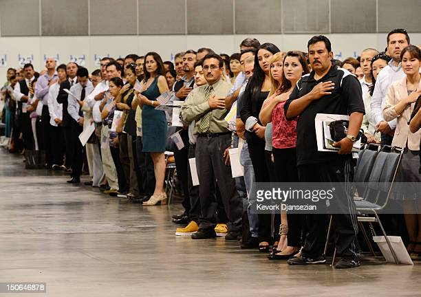 17 Mass Citizenship Ceremony Held In Los Angeles Convention