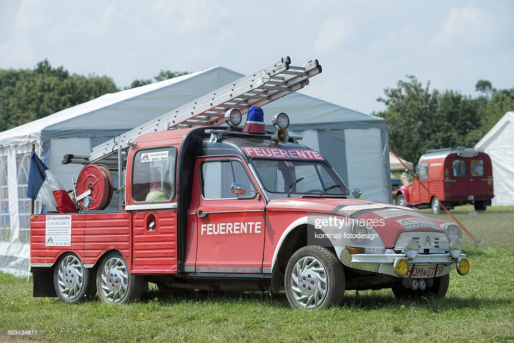 Citroen 2CV Fire Engine : Stock Photo