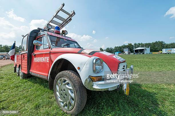 citroen 2cv fire engine - day old chicks stock photos and pictures