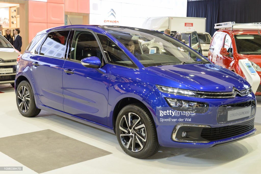 Citroën C4 Picasso mpv car on display at Brussels Expo on