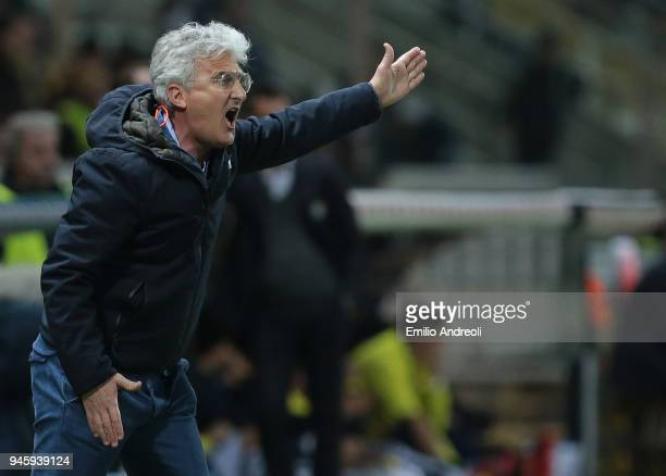 Cittadella coach Roberto Venturato issues instructions to his players during the serie B match between Parma Calcio and AS Cittadella at Stadio Ennio...