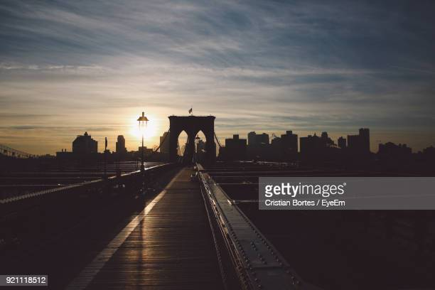 city at sunset - bortes stock pictures, royalty-free photos & images