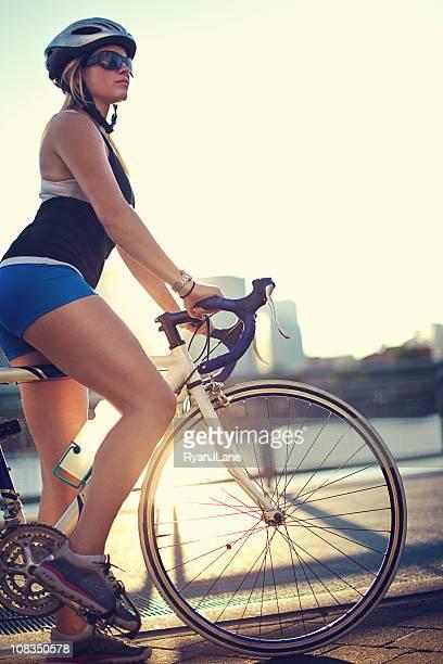 Stadt Biker-Frau