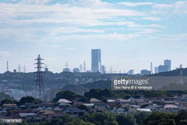 city building and residential district in japan - yokohama stock pictures, royalty-free photos & images