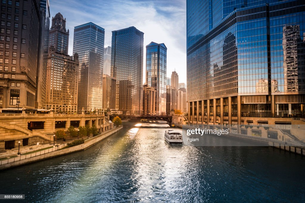 City buildings and skyline over the Chicago River Illinois USA : Stock Photo