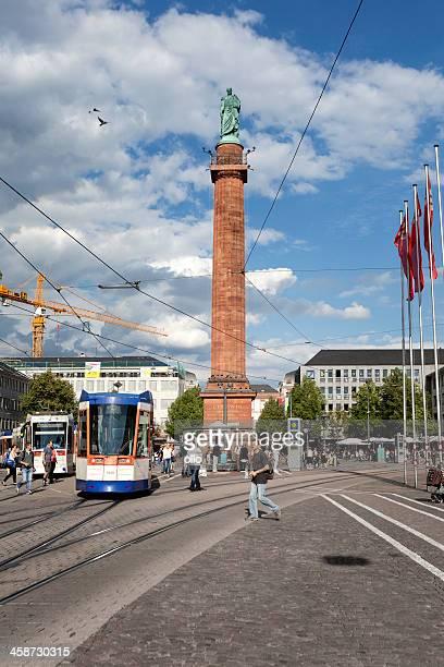 stadtzentrum von darmstadt, deutschland - darmstadt stock-fotos und bilder