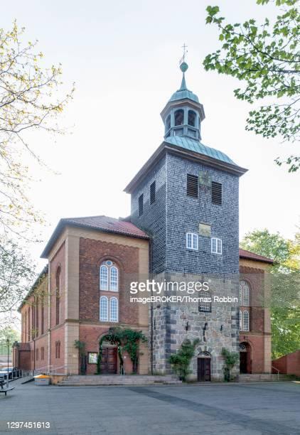 city church of st. john the baptist, walsrode, lower saxony, germany - paisajes de st thomas fotografías e imágenes de stock