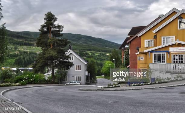 city flåm, norway. cityscape. - localidad pequeña fotografías e imágenes de stock