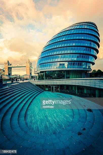 City Hall und der Tower Bridge in London, Sehenswürdigkeiten