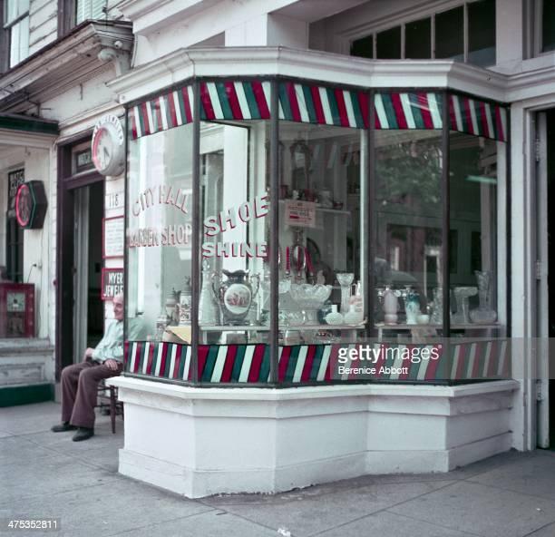 City Hall barber shop and shoe shine Alexandria Virginia United States 1954