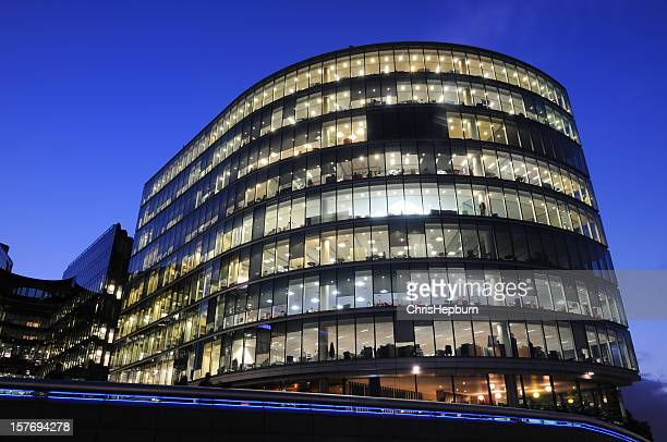 city hall, london - office park stock pictures, royalty-free photos & images
