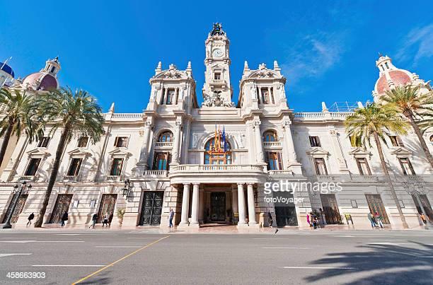 city hall plaza del ayuntamiento valencia, españa - valencia fotografías e imágenes de stock