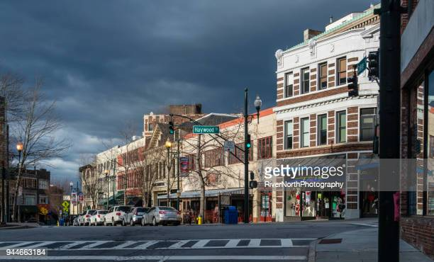 city life, asheville, north carolina - asheville stock pictures, royalty-free photos & images