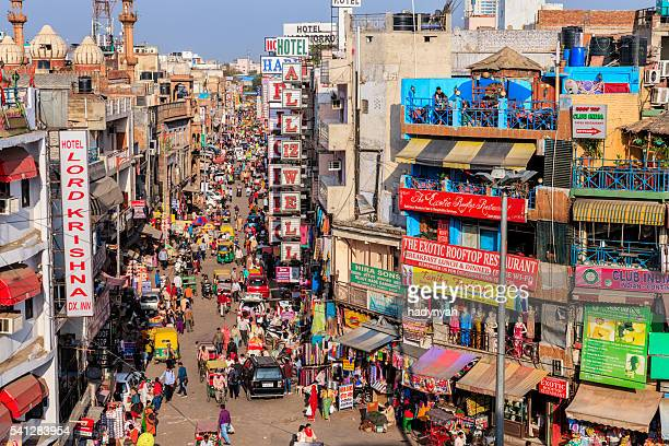 city life - main bazar, paharganj, new delhi, india - delhi stock pictures, royalty-free photos & images