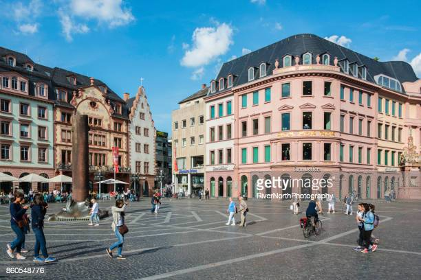 city life, mainz, germany - pedestrian zone stock pictures, royalty-free photos & images