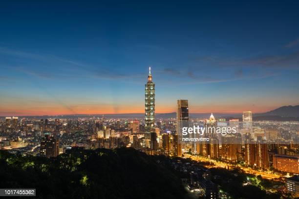 臺灣臺北市夜景 - taipei 101 個照片及圖片檔