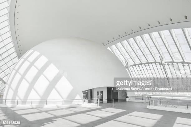 city of arts and sciences, designed by santiago calatrava and felix candela, - cúpula fotografías e imágenes de stock