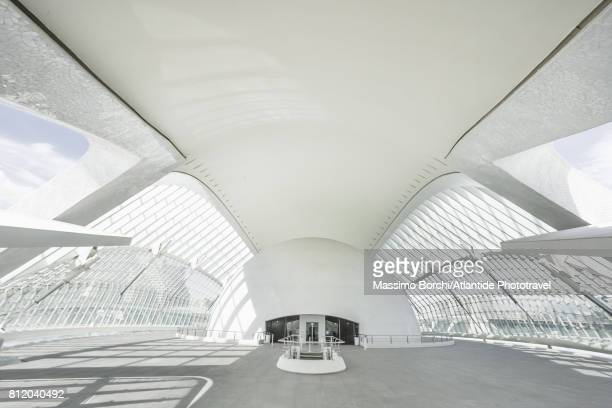 City of Arts and Sciences, L'Hemisferic, the interior