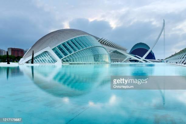 ciudad de las artes y las ciencias, valencia, españa, europa - valencia fotografías e imágenes de stock