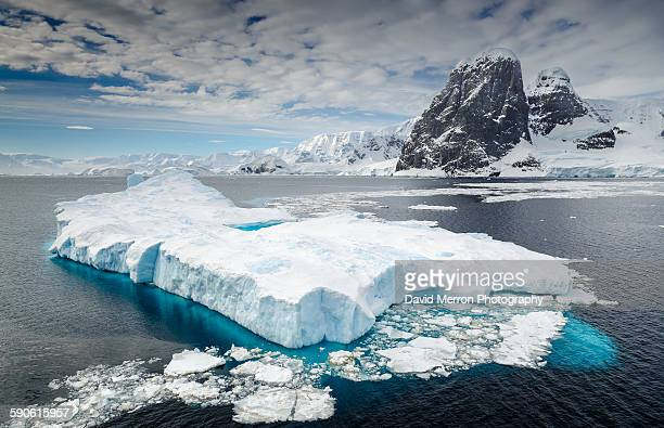 city of ice - antarctica stock pictures, royalty-free photos & images
