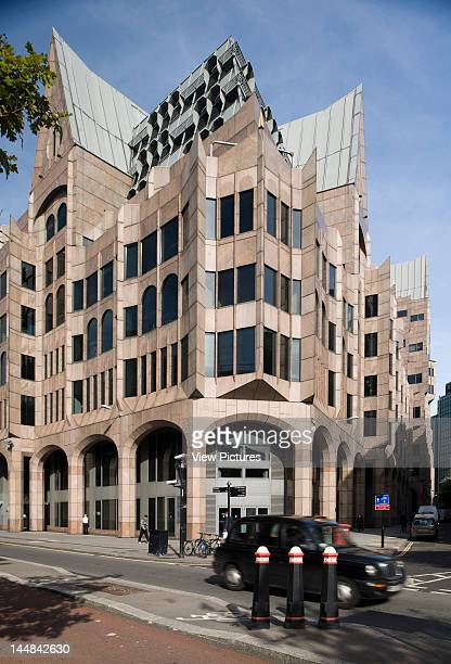 City Of London Book The Square Mile London Ec United Kingdom Architect Unknown City Of London Minster Court Gmw Partnership Home Of The London...