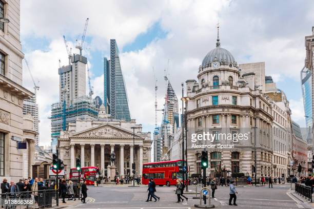 city of london financial district with royal exchange building, london, england, uk - londra foto e immagini stock