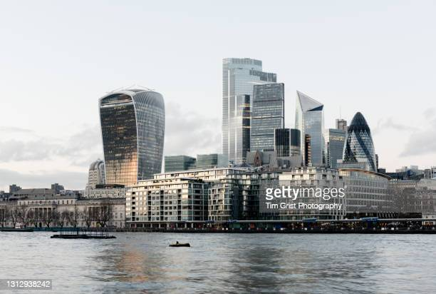 city of london skyline and river thames - international landmark stock pictures, royalty-free photos & images