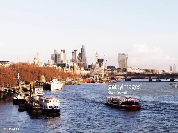 city of london skyline - yeowell foto e immagini stock