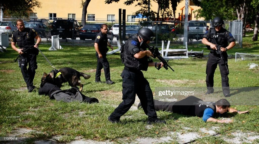 K-9 Police Teams Hold Graduation Ceremony In Miami : News Photo