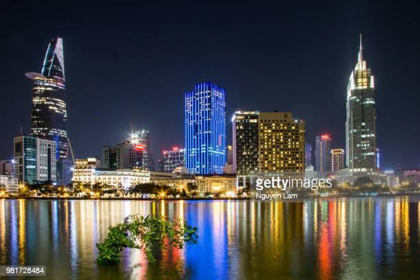 city of night - imagenes gratis fotografías e imágenes de stock
