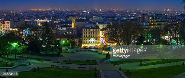 Ville de Paris dans la nuit