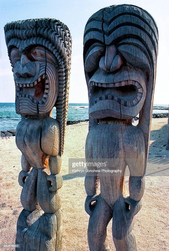 City Of Refuge Wood Symbols Belief Of Protection Hawaiian Culture