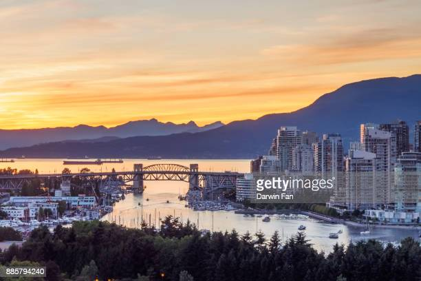 city of vancouver skyline - british columbia stock pictures, royalty-free photos & images