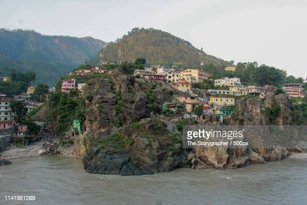 a city on the banks of river ganga - the storygrapher stock pictures, royalty-free photos & images