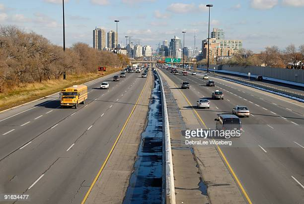 city on the move - ontario canada stock pictures, royalty-free photos & images