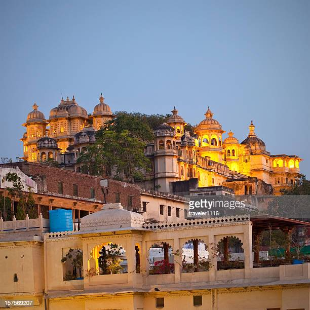 city palace in udaipur, india - udaipur stock pictures, royalty-free photos & images