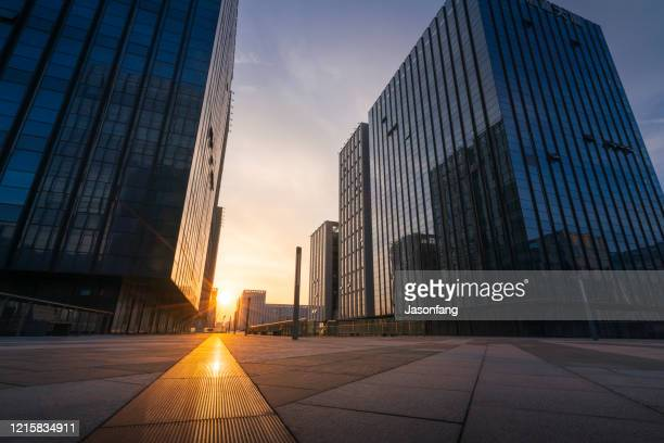 city - grattacielo foto e immagini stock