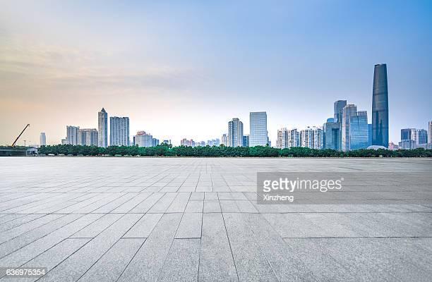 city plaza and financial architecture landmarks - ancho fotografías e imágenes de stock