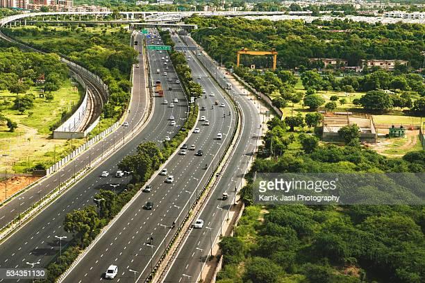 City Roads and Traffic