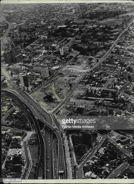 City roadworksDemolitions at North Sydney for the Warringah Expresswayangle between Arthur Street and Alfred Street shows the proposed location of an...