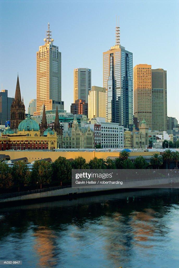 City skyline from Southgate, Melbourne, Victoria, Australia : ストックフォト