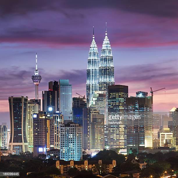 skyline von Kuala Lumpur bei Nacht