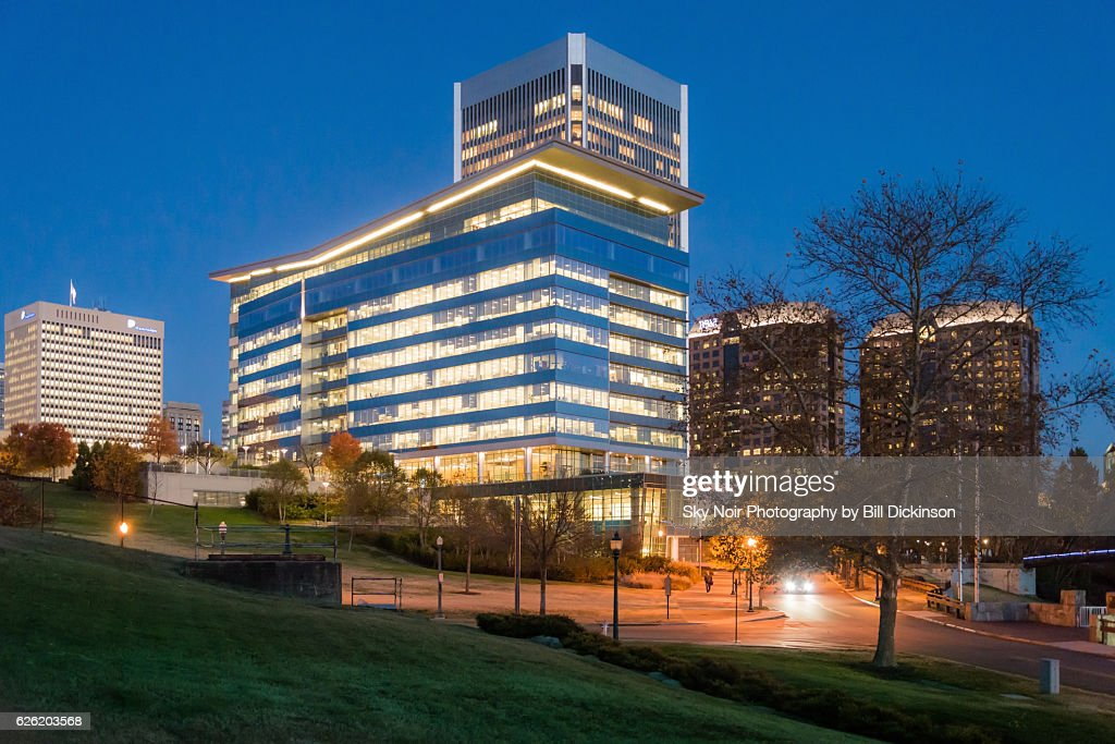 City Of Richmond Va >> City Skyline Richmond Va High Res Stock Photo Getty Images