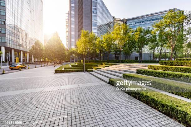 city square - 金融街 ストックフォトと画像
