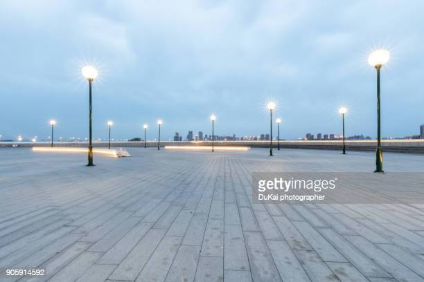 city square - square composition stock pictures, royalty-free photos & images